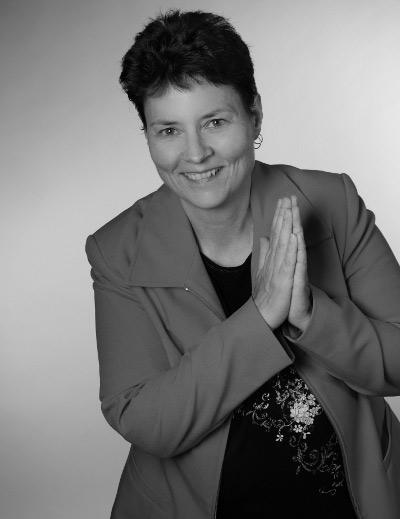 Kerstin Schulz-Versicherungsmaklerin Finanzfachwirtin (ihk) Berufszulassung durch die Industrie- und Handelskammer Ostbrandenburg Registernummer D-EI70-2QH1E-28